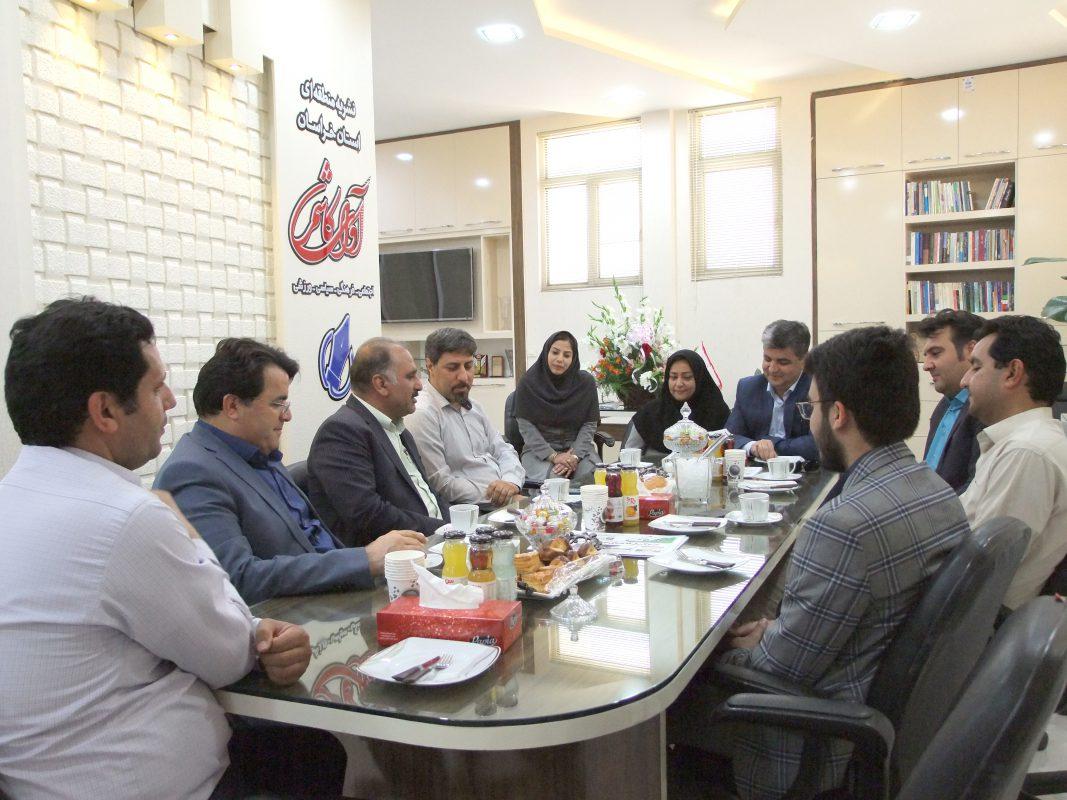 حضور شهردار کاشمر و جمعی از شورائیان در نشریه آوایکاشمر