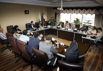 حضور آوای کاشمر به عنوان تنها نشریه استان خراسان رضوی در نشست مدیرعامل «صندوق اعتباری هنر»
