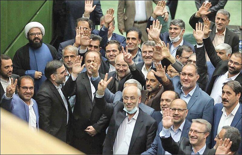 سهم خواهی نمایندگان از کابینه رئیسی